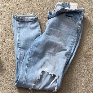 Levis 721 High Rise skinny jeans!
